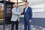 Acuerdo de colaboración entre Wolters Kluwer y AMICU universitarios